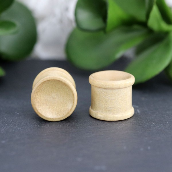 Plug aus Bambusholz
