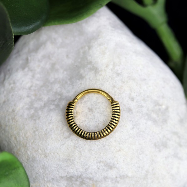 Clickring mit Relief 24K. Gold